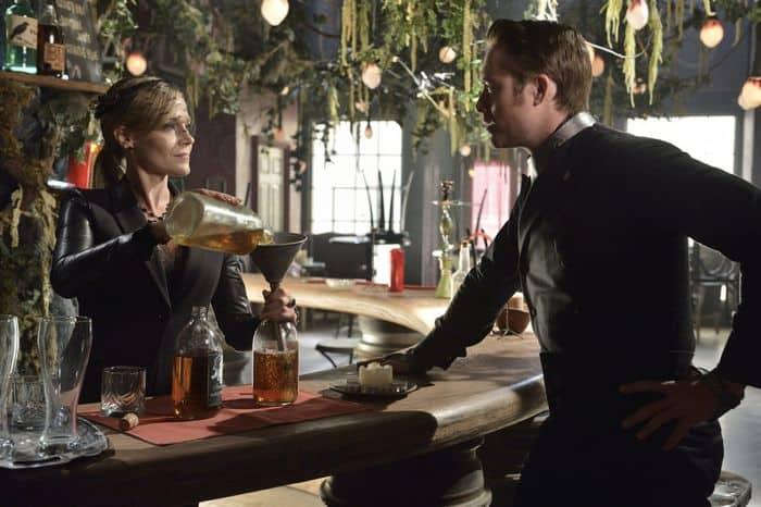 Defiance Season 2 Julie Benz as Amanda Rosewater, James Murray as Niles Pottinger