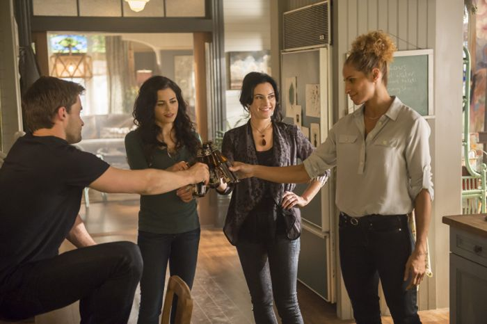 Witches Of East End 2x06 8