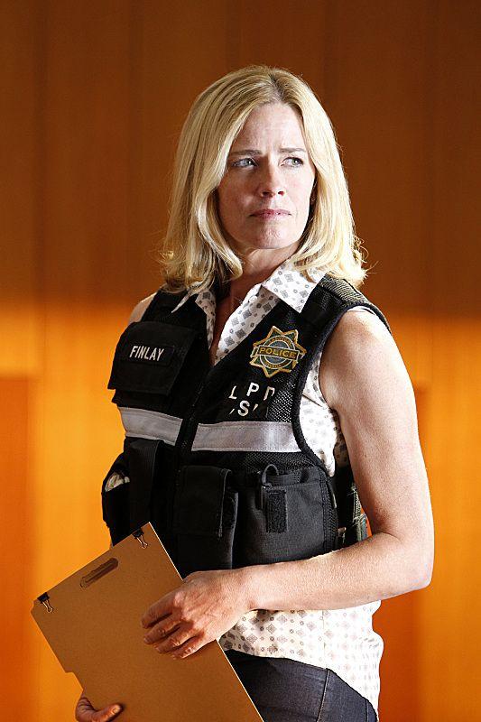 Elisabeth Shue CSI Season 15