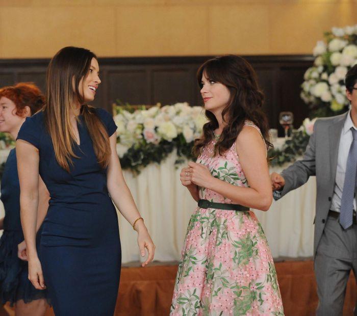 Jess (Zooey Deschanel, R) meets Kat (guest star Jessica Biel, L)