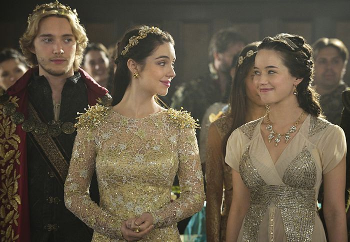 Reign Toby Regbo as King Francis II, Adelaide Kane as Mary, Queen of Scotland and France and Anna Popplewell as Lola