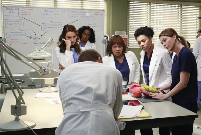 CAMILLA LUDDINGTON, JERRIKA HINTON, CHANDRA WILSON, KELLY MCCREARY, ELLEN POMPEO Grey's Anatomy