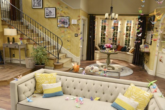 """MELISSA & JOEY - """"Call of Duty"""" - Mel and Joe are beside themselves that Ryder wants to join the Navy on the Summer premiere of """"Melissa & Joey,"""" airing Wednesday, June 3rd (8:00PM ET/PT) on ABC Family. (ABC Family/Eric McCandless) PRODUCTION SET"""