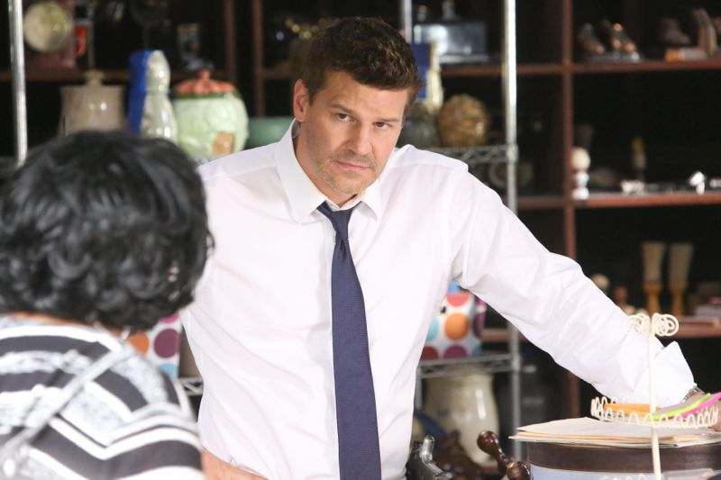"BONES:   Booth (David Boreanaz) interviews a cookie jar collector (guest star Caroline Juliette Jeffers, L) in the ""The Woman in the Whirlpool"" episode of BONES airing Thursday, May 28 (8:00-9:00 PM ET/PT) on FOX.  ©2015 Fox Broadcasting Co.  Cr:  Patrick McElhenney/FOX"
