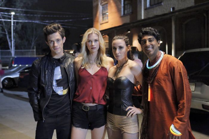 """STITCHERS - """"Friends in Low Places"""" - Kirsten crosses paths with Detective Fisher again when they end up working on the same overdose death of a young woman in an all-new episode of """"Stitchers,"""" airing Tuesday, June 9, 2015 at 9:00PM ET/PT on ABC Family. (ABC Family/Tony Rivetti) KYLE HARRIS, EMMA ISHTA, ALLISON SCAGLIOTTI, RITESH RAJAN"""