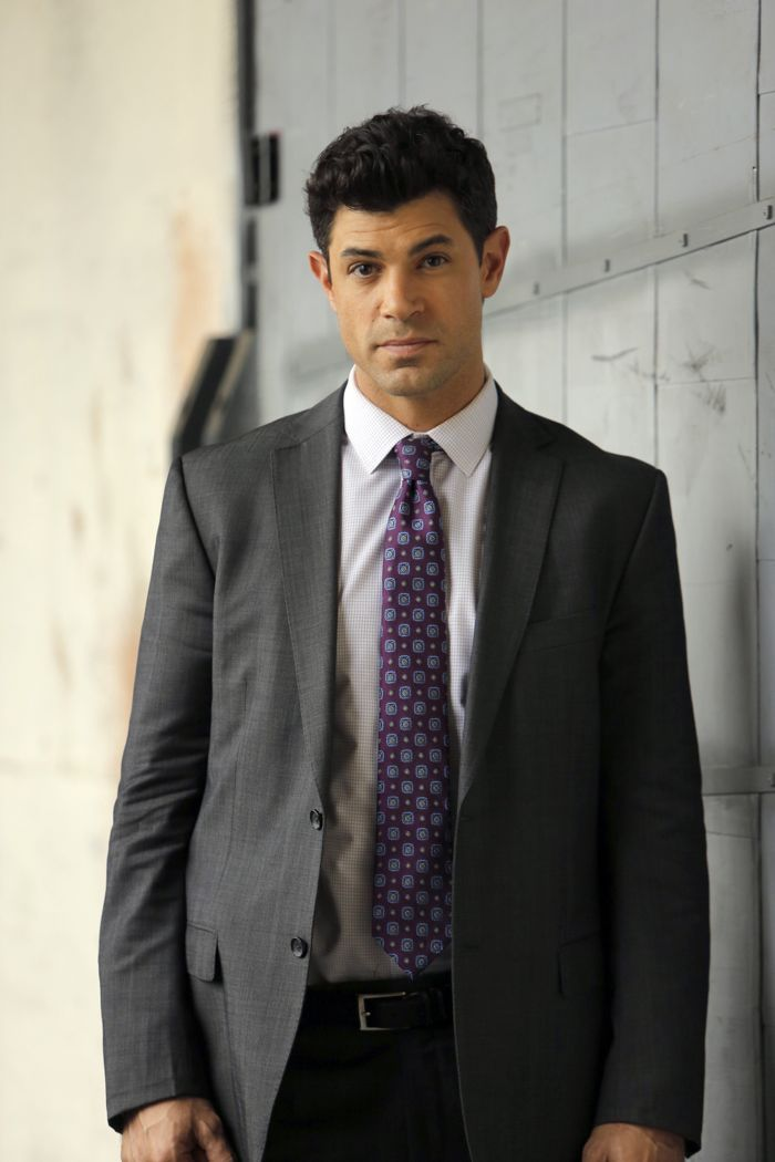 """STITCHERS - """"Friends in Low Places"""" - Kirsten crosses paths with Detective Fisher again when they end up working on the same overdose death of a young woman in an all-new episode of """"Stitchers,"""" airing Tuesday, June 9, 2015 at 9:00PM ET/PT on ABC Family. (ABC Family/Tony Rivetti) DAMON DAYOUB"""