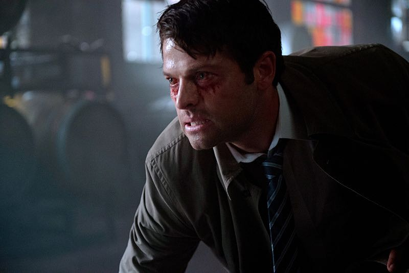 "Supernatural -- ""Out of the Darkness, Into the Fire"" -- Image SN1102A_0046.jpg -- Pictured: Misha Collins as Castiel -- Photo: Diyah Pera/The CW -- © 2015 The CW Network, LLC. All Rights Reserved."