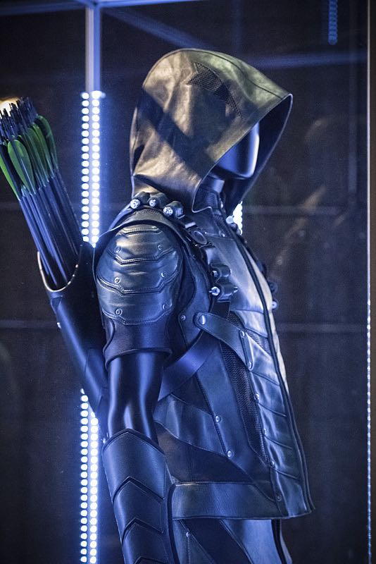 """Arrow -- """"Green Arrow"""" -- Image AR401A_0213b -- Pictured: The Arrow's suit -- Photo: Dean Buscher /The CW -- © 2015 The CW Network, LLC. All Rights Reserved."""