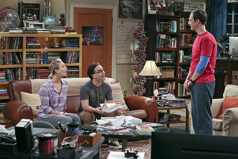 """The Separation Oscillation"" -- Leonard (Johnny Galecki, center) confronts the woman he kissed on the North Sea in an attempt to set Penny's (Kaley Cuoco-Sweeting, left) mind at ease. Also, Sheldon (Jim Parsons, right) films a special episode of ""Fun with Flags"" after his breakup with Amy, on THE BIG BANG THEORY, Monday, Sept. 28 (8:00-8:31 PM, ET/PT), on the CBS Television Network.  Photo: Michael Yarish/Warner Bros. Entertainment Inc. © 2015 WBEI. All rights reserved."