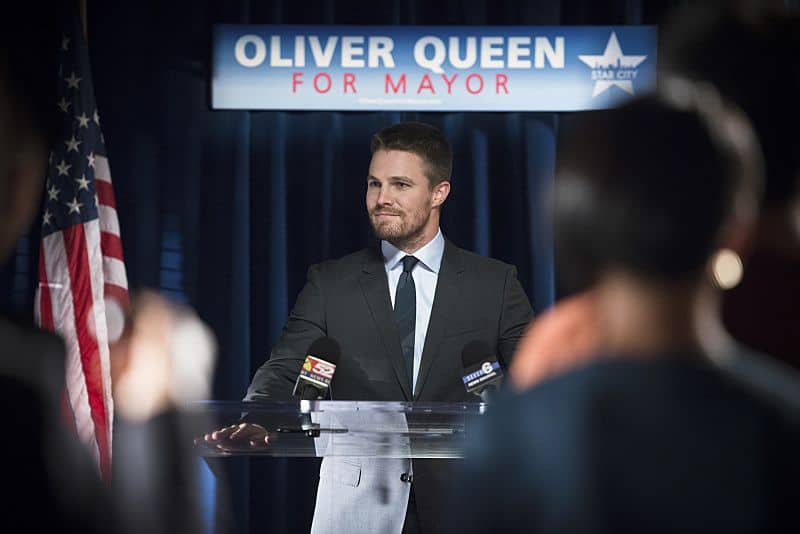 "Arrow -- ""Beyond Redemption"" Stephen Amell as Oliver Queen -- Photo: Diyah Pera/ The CW"