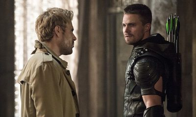 "Arrow -- ""Haunted""(L-R): Matt Ryan as Constantine and Stephen Amell as The Arrow -- Photo: Cate Cameron/ The CW"