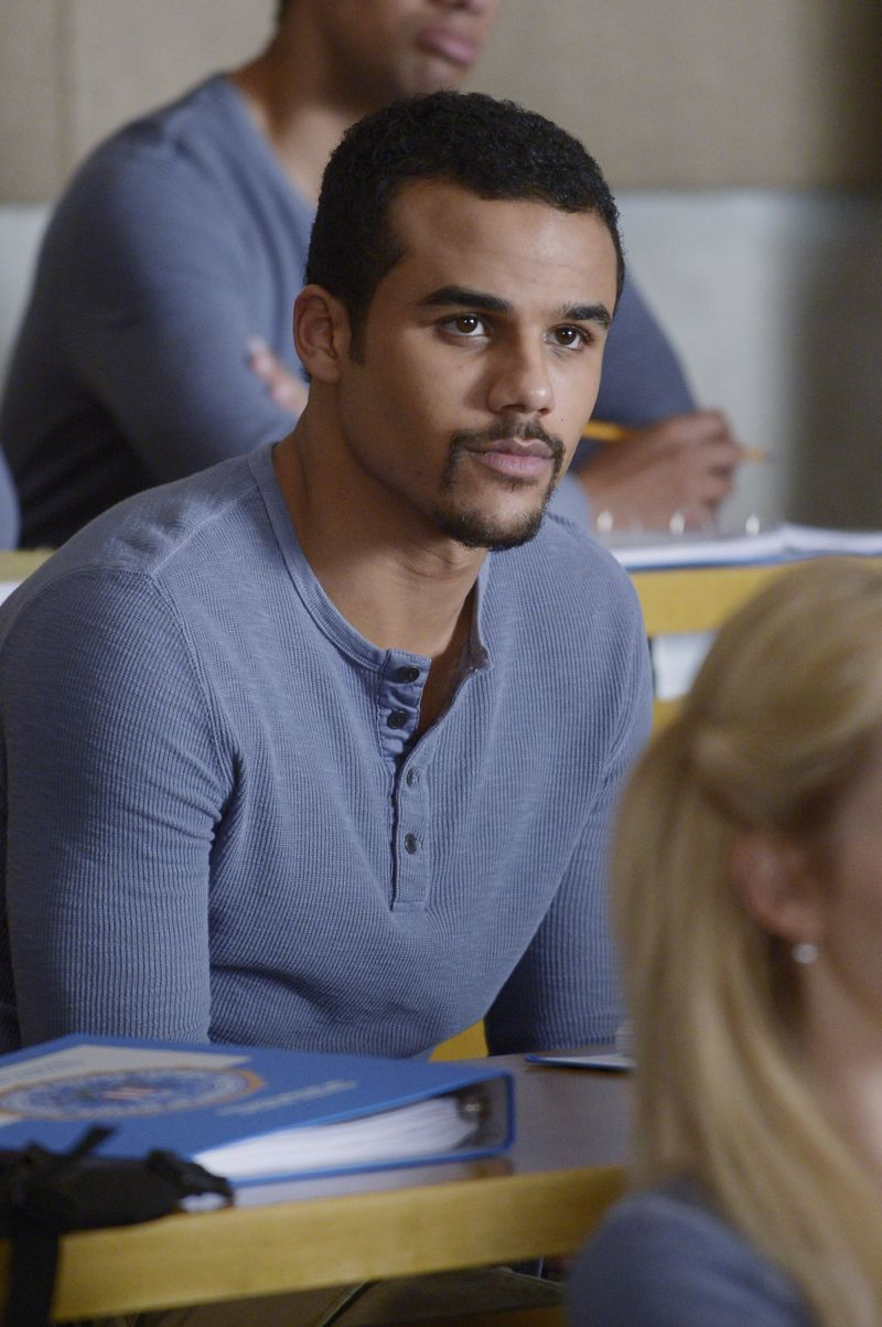 """QUANTICO - """"God"""" - The NATs learn surveillance by putting it into practice with Miranda and her troubled son, Charlie. Shelby tries to keep Caleb at a distance, but Raina opens the door to a closer relationship with Simon. In the future, Alex is helped when she tries to hack into an FBI computer, on """"Quantico,"""" SUNDAY, NOVEMBER 1 (10:01-11:00 p.m., ET) on the ABC Television Network. (ABC/Phillipe Bosse) JACOB ARTIST"""