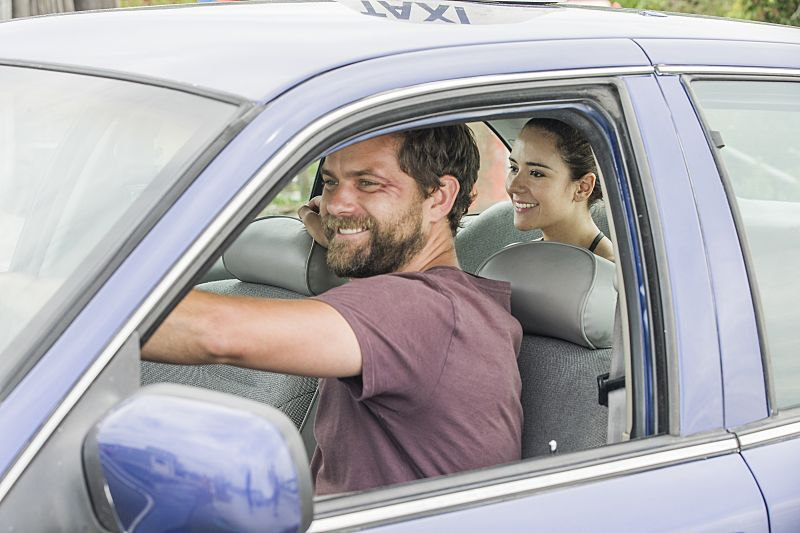 Joshua Jackson as Cole and Catalina Sandino Moreno as Luisa in The Affair (season 2, episode 5). - Photo: Mark Schafer/SHOWTIME - Photo ID: TheAffair_205_8823