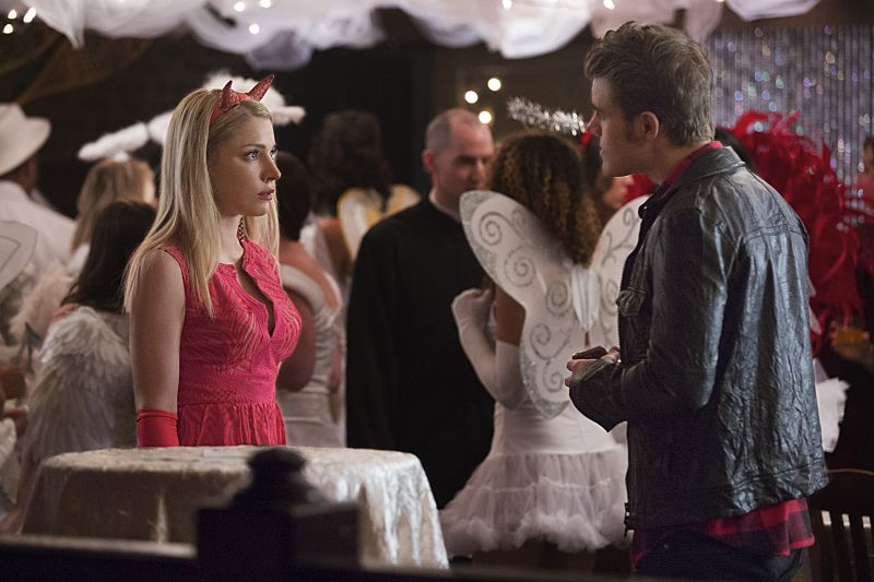 "The Vampire Diaries -- ""I Carry Your Heart With Me"" -- Image Number: VD704a_0073.jpg -- Pictured (L-R): Teressa Liane as Mary Louise and Paul Wesley as Stefan -- Photo: Bob Mahoney/The CW -- © 2015 The CW Network, LLC. All rights reserved."