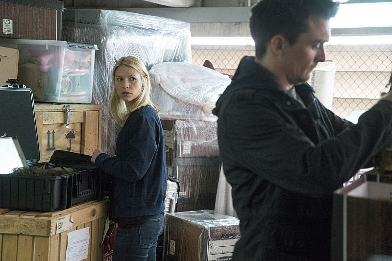 Claire Danes as Carrie Mathison and Rupert Friend as Peter Quinn in Homeland (Season 5, Episode 04). - Photo: Stephan Rabold/SHOWTIME - Photo ID: Homeland_504_0113.R