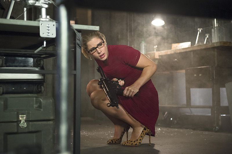 """Arrow -- """"Restoration"""" -- Image AR403A_0101b.jpg -- Pictured: Emily Bett Rickards as Felicity Smoak -- Photo: Diyah Pera /The CW -- © 2015 The CW Network, LLC. All Rights Reserved."""