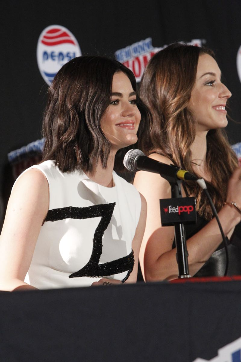 """PRETTY LITTLE LIARS - Lucy Hale, Shay Mitchell, Ashley Benson, Troian Bellisario and Sasha Pieterse as well as Executive producers Marlene King, Oliver Goldstick and Joseph Dougherty assemble at Comic-Con New York to preview the new mystery facing the girls when """"Pretty Little Liars"""" returns in January 2016. (ABC Family/Lou Rocco) LUCY HALE, TROIAN BELLISARIO"""