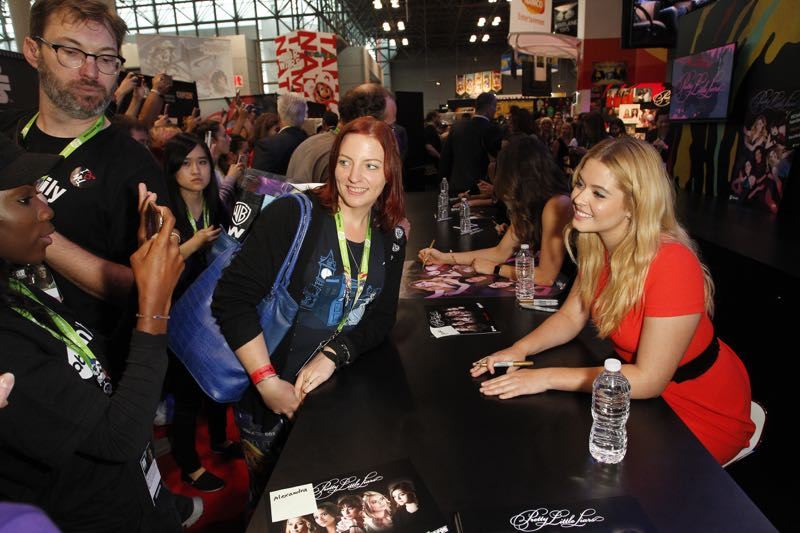 """PRETTY LITTLE LIARS - Lucy Hale, Shay Mitchell, Ashley Benson, Troian Bellisario and Sasha Pieterse as well as Executive producers Marlene King, Oliver Goldstick and Joseph Dougherty assemble at Comic-Con New York to preview the new mystery facing the girls when """"Pretty Little Liars"""" returns in January 2016. (ABC Family/Lou Rocco) FANS, SASHA PIETERSE"""