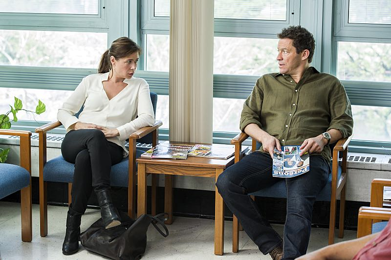 Maura Tierney as Helen and Dominic West as Noah in The Affair (season 2, episode 6). - Photo: Mark Schafer/SHOWTIME - Photo ID: TheAffair_206_2607