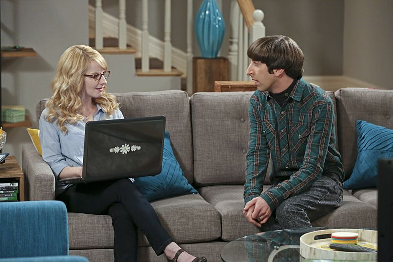 """""""The Big Bear Precipitation"""" -- When Koothrappali goes overboard with pregnancy gifts, Wolowitz (Simon Helberg, right) and Bernadette (Melissa Rauch, left) must draw the line, on THE BIG BANG THEORY, Thursday, April 7 (8:00-8:31 PM, ET/PT) on the CBS Television Network. Photo: Michael Yarish/Warner Bros. Entertainment Inc. © 2016 WBEI. All rights reserved."""