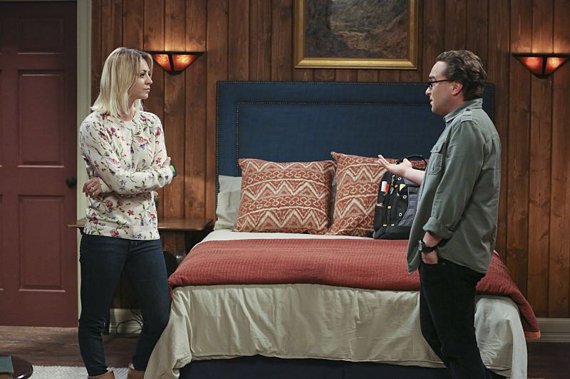 """""""The Big Bear Precipitation"""" -- Sheldon spills a secret of Leonard's (Johnny Galecki, right) when the two take a weekend cabin trip with Penny and Amy, on THE BIG BANG THEORY, Thursday, April 7 (8:00-8:31 PM, ET/PT) on the CBS Television Network. Also Pictured: Kaley Cuoco (left) Photo: Michael Yarish/Warner Bros. Entertainment Inc. © 2016 WBEI. All rights reserved."""