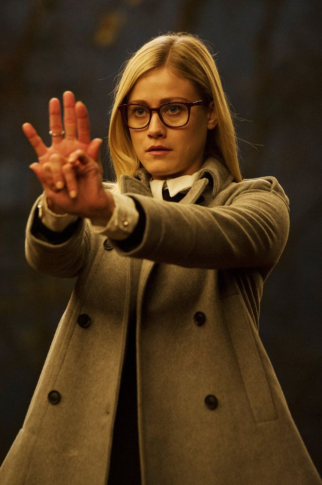 """THE MAGICIANS -- """"Remedial Battle Magic"""" Episode 111 -- Pictured: Olivia Taylor Dudley as Alice -- (Photo by: Carole Segal/Syfy)"""