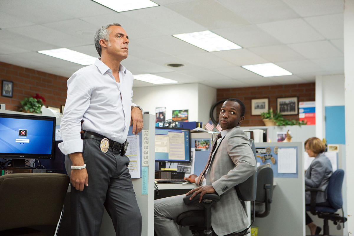 Bosch Season 2 Scoop From Titus Welliver Michael Connelly