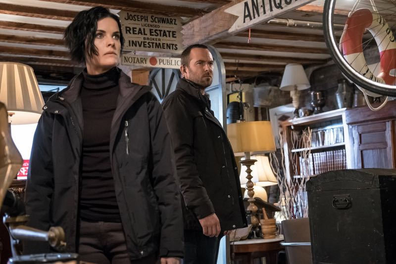 "BLINDSPOT -- ""Mans Telepathic Loyal Lookouts"" Episode 117 -- Pictured: (l-r) Jaimie Alexander as Jane Doe, Sullivan Stapleton as Kurt Weller -- (Photo by: Jeff Neumann/NBC)"
