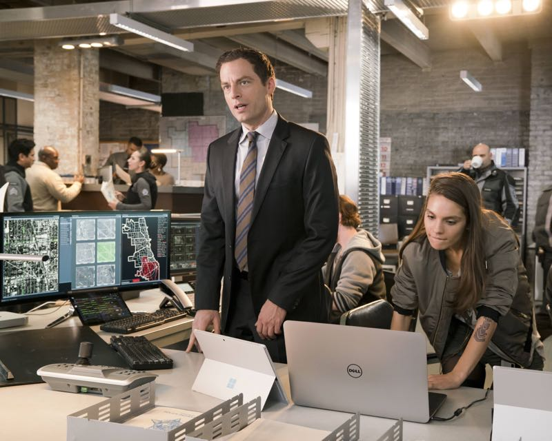 APB Justin Kirk and Caitlin Stacey FOX TV Show