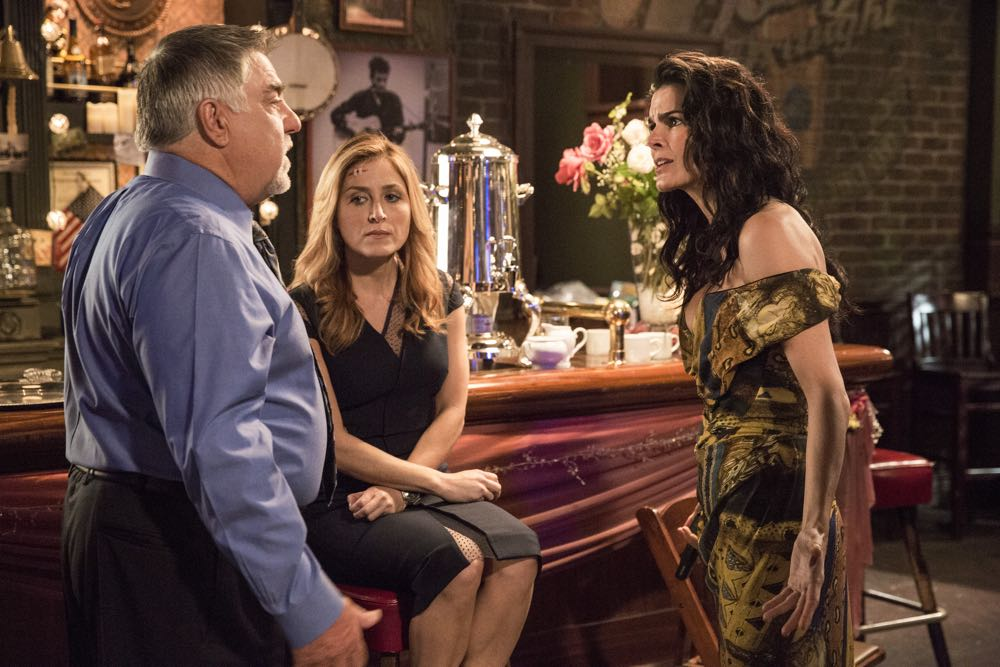 """RIZZOLI & ISLES""  ""Two Shots: Moved Forward"" / Ep 701  TNT  Ph: Doug Hyun"