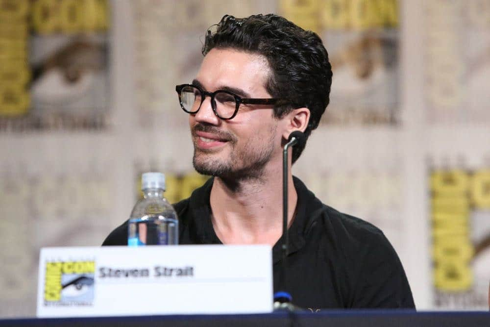 "COMIC-CON INTERNATIONAL: SAN DIEGO -- ""The Expanse Panel"" -- Pictured: Steven Strait -- (Photo by: Evans Vestal Ward/Syfy)"