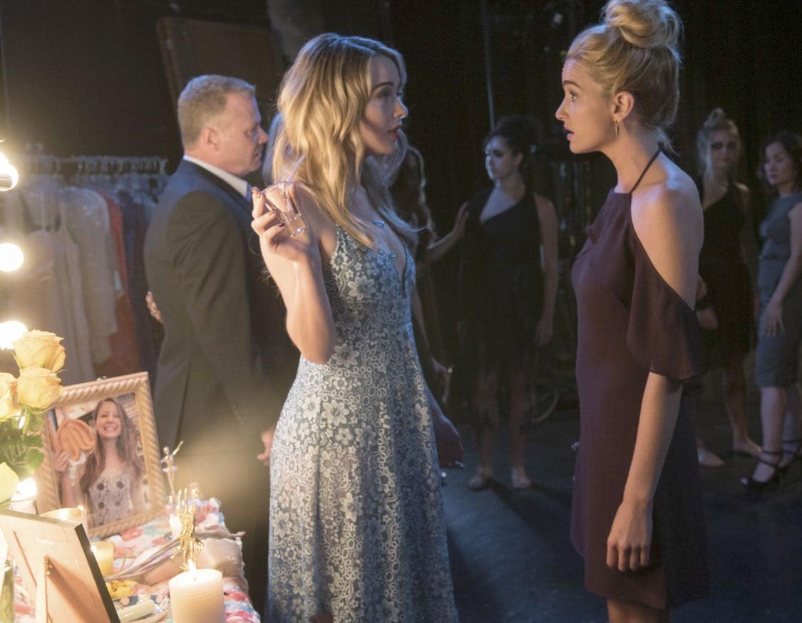 """THE EXORCIST: L-R: Hannah Kasulka and Brianne Howey in the """"Chapter Three: Let 'Em In"""" episode of THE EXORCIST airing Friday, Oct. 7 (9:00-10:00 PM ET/PT) on FOX. ©2016 Fox Broadcasting Co. Cr: Jean Whiteside/FOX"""