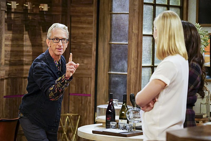 """""""And The Two Openings: Part One"""" -- Pictured: J. Petto (Andy Dick). As Max and Caroline, now part owners of the diner, put the finishing touches on their newly converted Dessert Bar, Max deals with the aftermath of her recent breakup with Randy, and Sophie and Oleg prepare for the birth of their baby, on the sixth season premiere of 2 BROKE GIRLS, Monday, Oct. 10 (9:00-9:30 PM, ET/PT) on the CBS Television Network. Photo: Sonja Flemming/CBS ©2016 CBS Broadcasting, Inc. All Rights Reserved"""