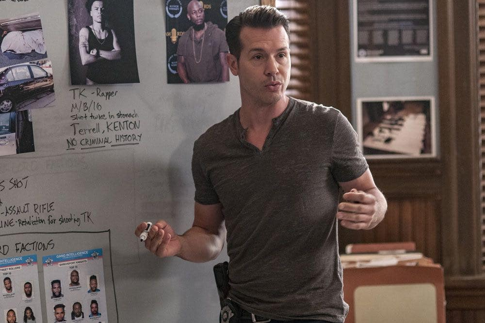 "CHICAGO P.D. -- ""Big Friends Big Enemies"" Episode 403 -- Pictured: Jon Seda as Antonio Dawson -- (Photo by: Matt Dinerstein/NBC)"