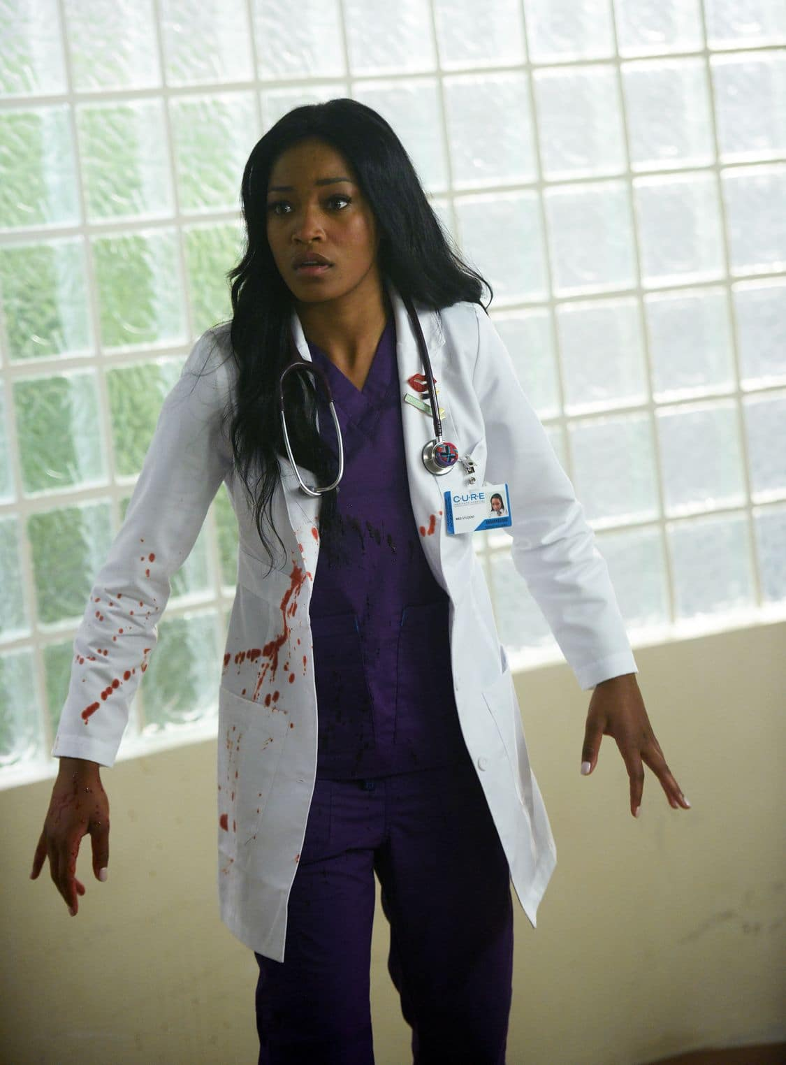 """SCREAM QUEENS: Keke Palmer in the all-new """"Handidates"""" episode of SCREAM QUEENS airing Tuesday, Oct. 11 (9:01-10:00 PM ET/PT) on FOX. Cr: Michael Becker / FOX. © 2016 FOX Broadcasting Co."""