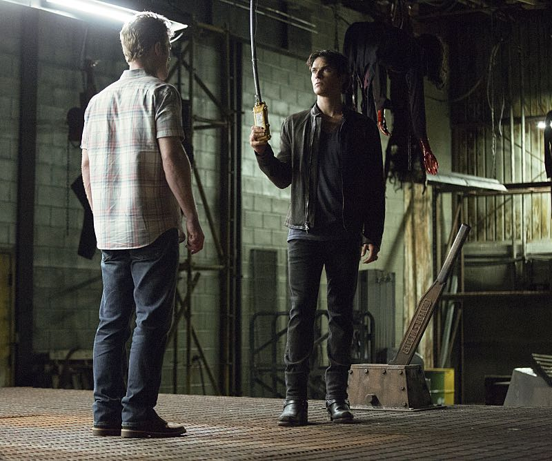 """The Vampire Diaries -- """"Hello Brother"""" --Image Number: VD801c_0201.jpg -- Pictured (right): Ian Somerhalder as Damon -- Photo: Bob Mahoney/The CW -- © 2016 The CW Network, LLC. All rights reserved."""