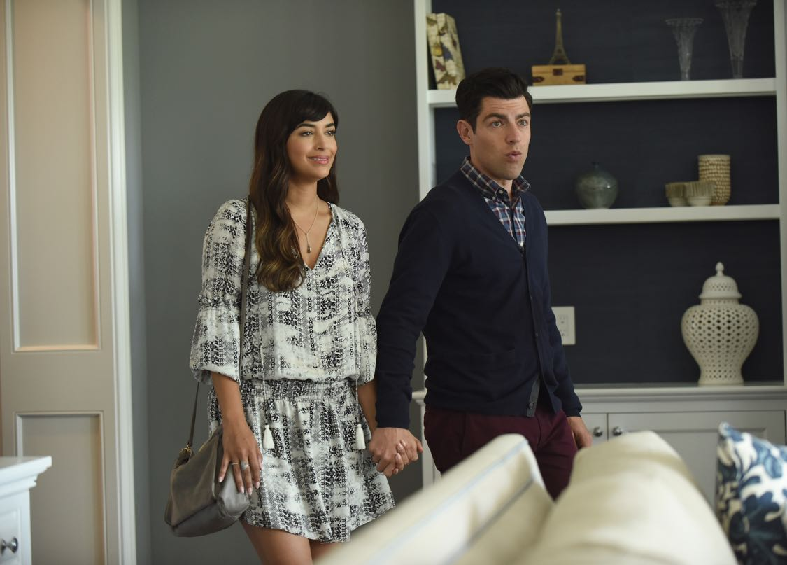 """NEW GIRL:   L-R:  Hannah Simone and Max Greenfield in the """"House Hunt"""" season premiere episode of NEW GIRL airing Tuesday, Sept. 20 (8:30-9:00 PM ET/PT) on FOX.  ©2016 Fox Broadcasting Co.  Cr:  Ray Mickshaw/FOX"""