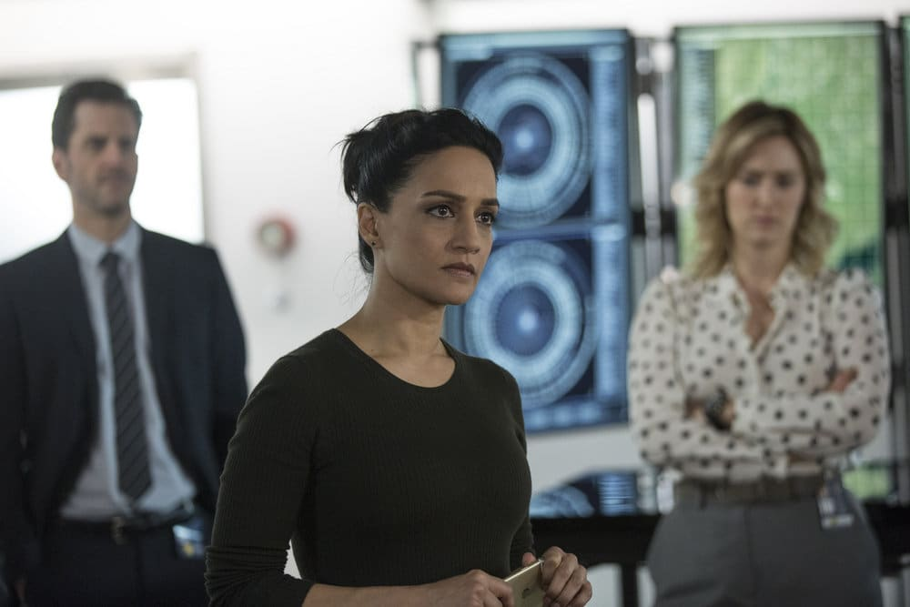 "BLINDSPOT -- ""Do Not Slack, the Featherweight Wins"" Episode 208 -- Pictured: (l-r) Aaron Abrams as Matthew Weitz, Archie Panjabi as Nas Kamal, Ashley Johnson as Patterson -- (Photo by: Eric Liebowitz/Warner Bros/NBC)"