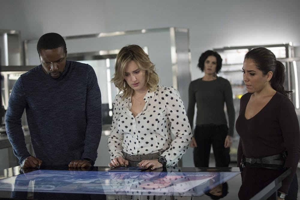 "BLINDSPOT -- ""Do Not Slack, the Featherweight Wins"" Episode 208 -- Pictured: (l-r) Rob Brown as Edgar Reade, Ashley Johnson as Patterson, Jaimie Alexander as Jane Doe, Audrey Esparza as Tasha Zapata -- (Photo by: Eric Liebowitz/Warner Bros/NBC)"