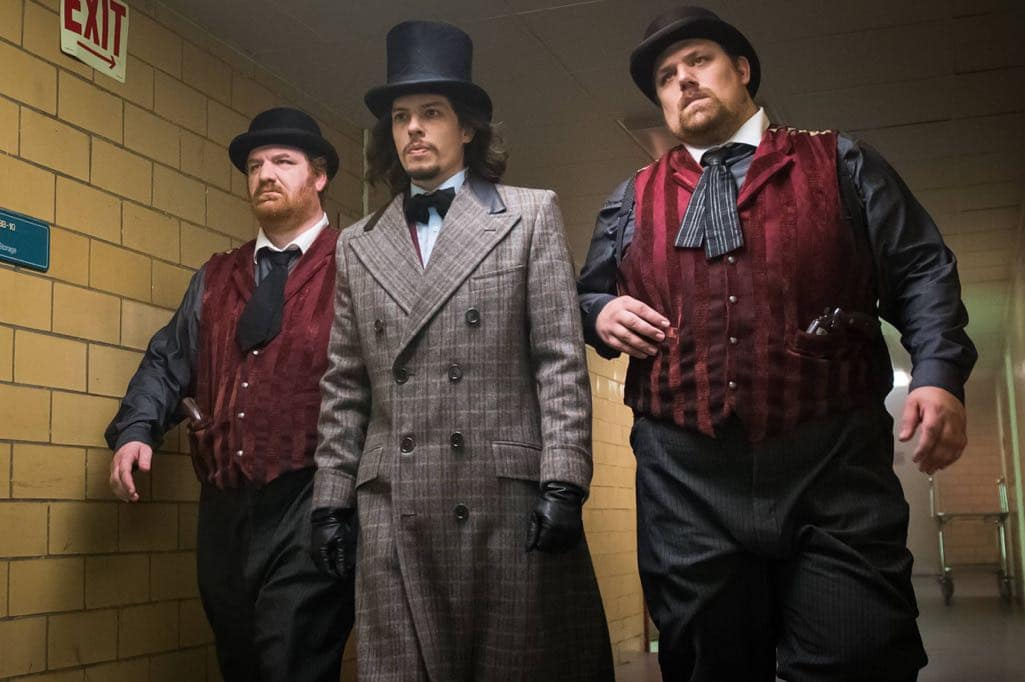 "GOTHAM: Center: Benedict Samuel in the ""Mad City: Red Queen"" episode of GOTHAM airing Monday, Oct. 31 (8:00-9:01 PM ET/PT) on FOX. ©2016 Fox Broadcasting Co. Cr: Jeff Neumann/FOX."