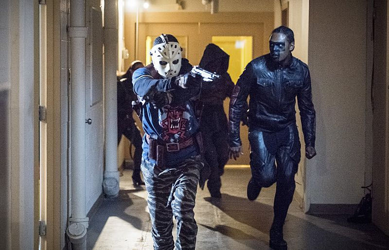 "Arrow -- ""Penance"" -- Image AR504a_0386b.jpg -- Pictured (L-R): Rick Gonzales as Rene Ramirez/Wild Dog and Echo Kellum as Curtis Holt -- Photo: Dean Buscher/The CW -- © 2016 The CW Network, LLC. All Rights Reserved."