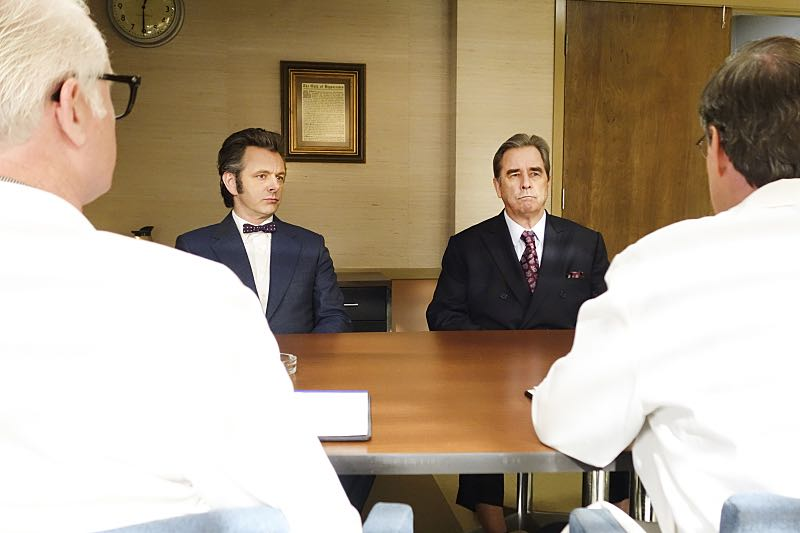Michael Sheen as Dr. William Masters and Beau Bridges as Barton Scully in Masters of Sex (season 4, episode 7) - Photo: Warren Feldman/SHOWTIME - Photo ID: MastersofSex_407_0394