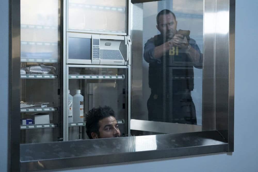 "BLINDSPOT -- ""Resolves Eleven Myths"" Episode 207 -- Pictured: (l-r) Ennis Esmer as RichDot Com, Sullivan Stapleton as Kurt Weller -- (Photo by: Virginia Sherwood/NBC)"