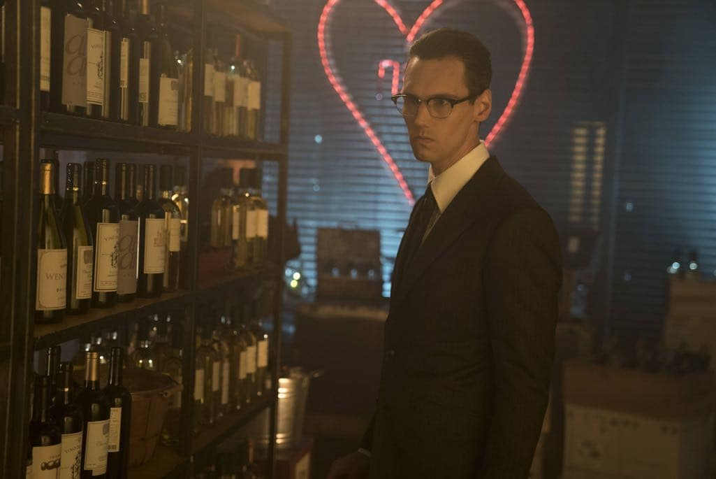 """GOTHAM: Cory Michael Smith in the """"Mad City: Follow the White Rabbit"""" episode of GOTHAM airing Monday, Oct. 24 (8:00-9:01 PM ET/PT) on FOX. ©2016 Fox Broadcasting Co. Cr: Jessica Miglio/FOX."""