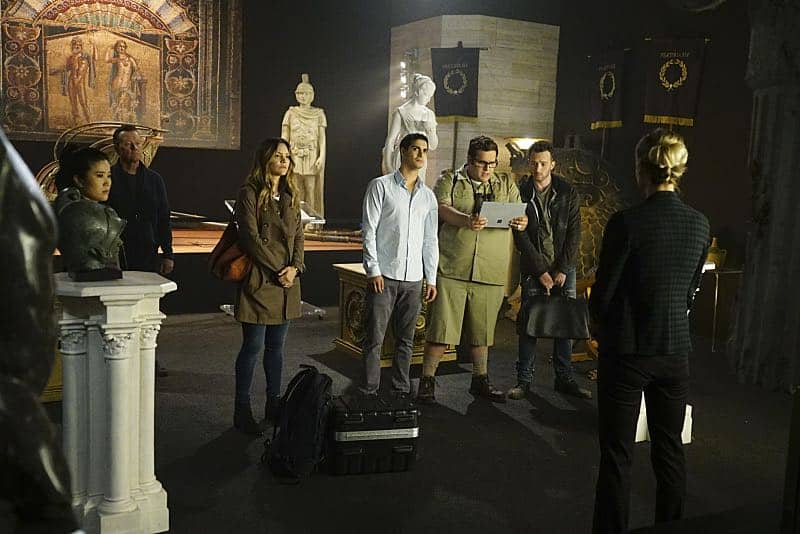 """Plight at the Museum"" -- Team Scorpion's simple job at the Los Angeles Natural History Museum turns deadly when they discover thieves robbing a rare gem exhibit in order to get materials needed to enrich a nuclear bomb, on SCORPION, Monday, Oct. 24 (10:00-11:00 PM, ET/PT), on the CBS Television Network. Pictured: Jadyn Wong, Robert Patrick, Katharine McPhee, Elyes Gabel, Ari Stidham, Eddie Kaye Thomas. Photo: Sonja Flemming/CBS ©2016 CBS Broadcasting, Inc. All Rights Reserved"