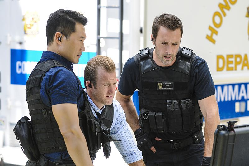 """Ke Kū 'Ana"" -- When a cache of guns is stolen from a gun range, Five-0 discovers the culprit is intent on making a dramatic and potentially deadly statement on gun violence. Also, Kono and Adam are finally reunited when he is released from prison, on HAWAII FIVE-0, Friday, Oct. 21 (9:00-10:00 PM, ET/PT), on the CBS Television Network. (""Ke Kū 'Ana"" is Hawaiian for ""The Stand"") Pictured left to right: Daniel Dae Kim as Chin Ho Kelly, Scott Caan as Danny ""Danno"" Williams, and Alex O'Loughlin as Steve McGarrett. Photo: Norman Shapiro/CBS ©2016 CBS Broadcasting, Inc. All Rights Reserved"