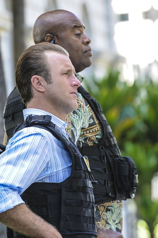 """Ke Kū 'Ana"" -- When a cache of guns is stolen from a gun range, Five-0 discovers the culprit is intent on making a dramatic and potentially deadly statement on gun violence. Also, Kono and Adam are finally reunited when he is released from prison, on HAWAII FIVE-0, Friday, Oct. 21 (9:00-10:00 PM, ET/PT), on the CBS Television Network. (""Ke Kū 'Ana"" is Hawaiian for ""The Stand"") Pictured left to right: Scott Caan as Danny ""Danno"" Williams and Chi McBride as Lou Grover. Photo: Norman Shapiro/CBS ©2016 CBS Broadcasting, Inc. All Rights Reserved"