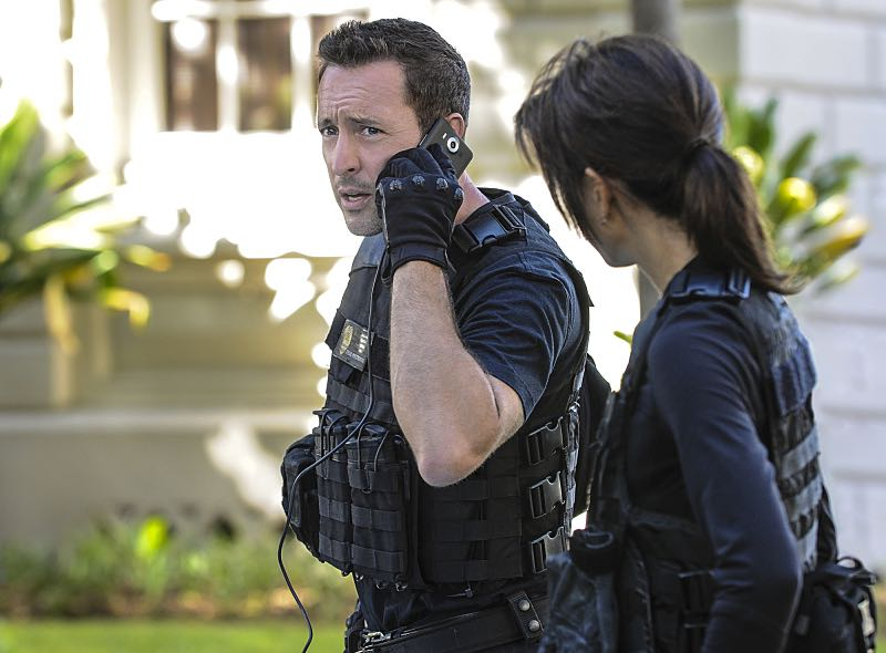 """Ke Kū 'Ana"" -- When a cache of guns is stolen from a gun range, Five-0 discovers the culprit is intent on making a dramatic and potentially deadly statement on gun violence. Also, Kono and Adam are finally reunited when he is released from prison, on HAWAII FIVE-0, Friday, Oct. 21 (9:00-10:00 PM, ET/PT), on the CBS Television Network. (""Ke Kū 'Ana"" is Hawaiian for ""The Stand"") Pictured: Alex O'Loughlin as Steve McGarrett. Photo: Norman Shapiro/CBS ©2016 CBS Broadcasting, Inc. All Rights Reserved"