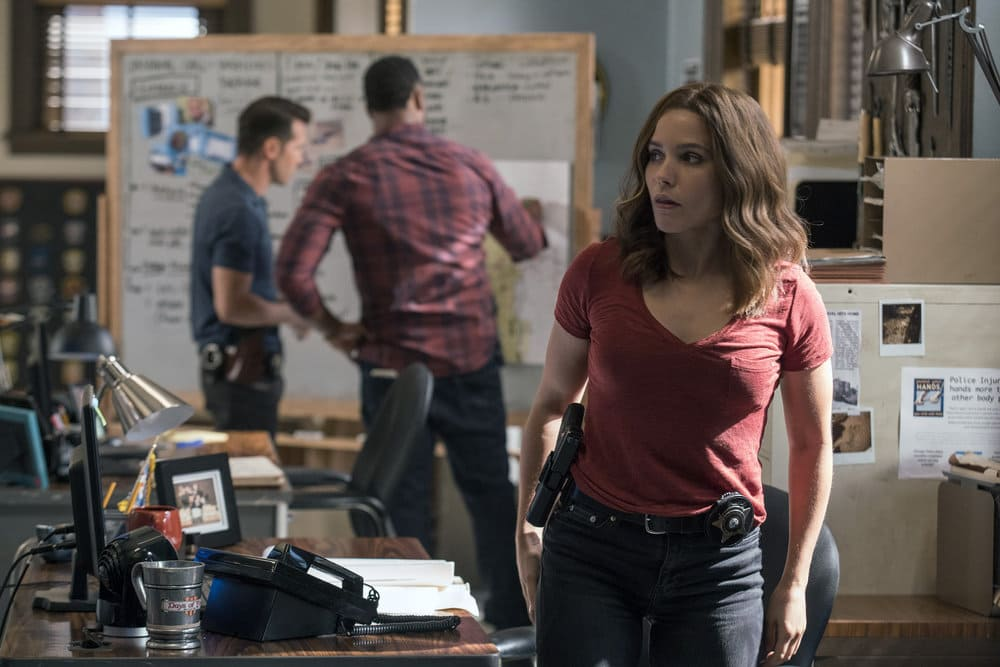 "CHICAGO P.D. -- ""A War Zone"" Episode 404 -- Pictured: Sophia Bush as Erin Lindsay -- (Photo by: Parrish Lewis/NBC)"