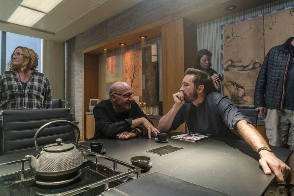 BTS, Lee Pace as Joe MacMillan, Director Jeff Freilich- Halt and Catch Fire _ Season 3, Episode 3 - Photo Credit: Tina Rowden/AMC